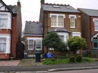 Ground Flat to rent in CRESCENT ROAD, Barnet...