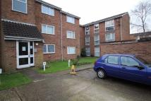 Ground Flat to rent in Shurland Avenue, Barnet...