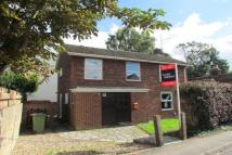4 bed property to rent in Knights Way, Milton