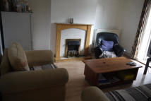 Maisonette to rent in Gill Street, London...