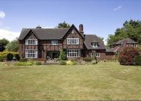 6 bedroom Detached house for sale in Moor Hall Drive...
