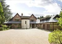 6 bedroom Detached home in Vale Avenue, Aldridge...