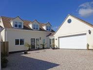 4 bed new house in Stunning modern house on...