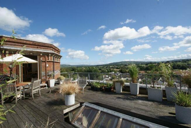 Roof terrace t...