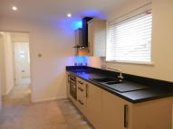 Maisonette to rent in Southwood Road...