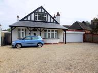 Detached Bungalow for sale in The Bourne, London