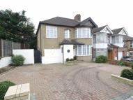 5 bed semi detached house in Wilmer Way, London