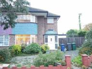 3 bedroom semi detached house in Southgate N14