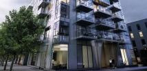 Flat in Woodberry Grove, London