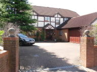 3 bed semi detached house in Kynges Mill Close...