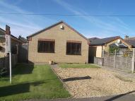 Detached Bungalow to rent in Tiverton Way, Cambridge