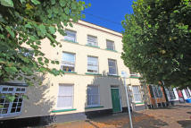 Flat for sale in High Street, Cullompton...