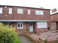 Flat to rent in Churchill Road, Walton...