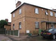 1 bedroom Ground Flat to rent in West Close, Walton...