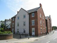 Ground Flat to rent in Kenilworth Court...