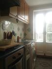 1 bedroom Ground Flat to rent in Walton Way, Stone...