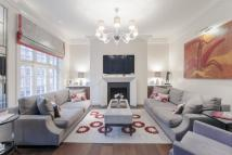 4 bedroom Flat for sale in Cadogan Gardens...
