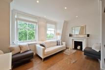 2 bed Flat in Egerton Gardens...