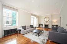 Flat in Queen s Gate Place...