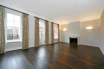 property to rent in Cadogan Square...