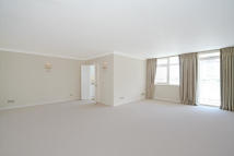 2 bed house in Ranelagh House...