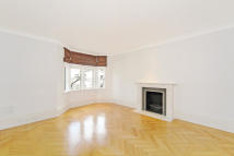 2 bed property to rent in Rose Square...