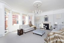 4 bed Flat in Ashley Gardens...