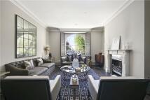 4 bedroom Apartment in Eaton Square, Belgravia...