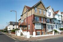 Flat to rent in Littlehampton...