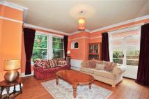 5 bed Detached house in Brogdale Road, Faversham