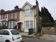 End of Terrace home to rent in Belgrave Avenue, Watford...