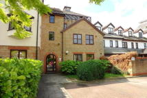1 bed Flat in Albany Mews, Star Street...