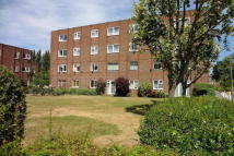 Studio flat in Broadmeads, Ware...