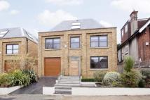 7 bedroom property in Windermere Avenue...