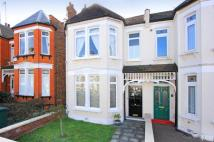 3 bedroom property to rent in Grosvenor Road, Finchley...