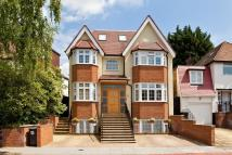 7 bed Detached home in Broughton Avenue...