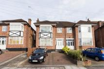 Flat for sale in Oakdene Park, Finchley...