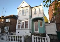 5 bedroom Detached house in Grosvenor Road, Finchley...