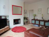 Flat to rent in Dollis Road, Finchley...