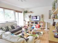 2 bedroom Flat to rent in Southdene Court...
