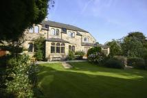 6 bedroom Detached property for sale in Beechwood...