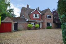 5 bed Detached home in PORINGLAND