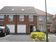 Town House to rent in Babbington Street...