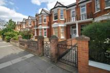 3 bedroom Flat to rent in Highlever Road Kensington