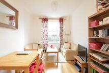 Flat to rent in Englands Lane Belsize...