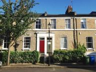 Terraced home in SUTHERLAND SQUARE, SE17