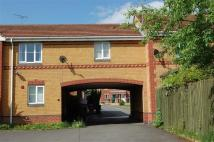 1 bed Apartment in Middle Close...