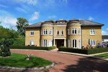 Flat for sale in Knights Green...