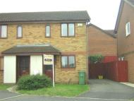 2 bed property in Inwood Close - Corby