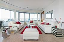 Penthouse in Altura Tower...